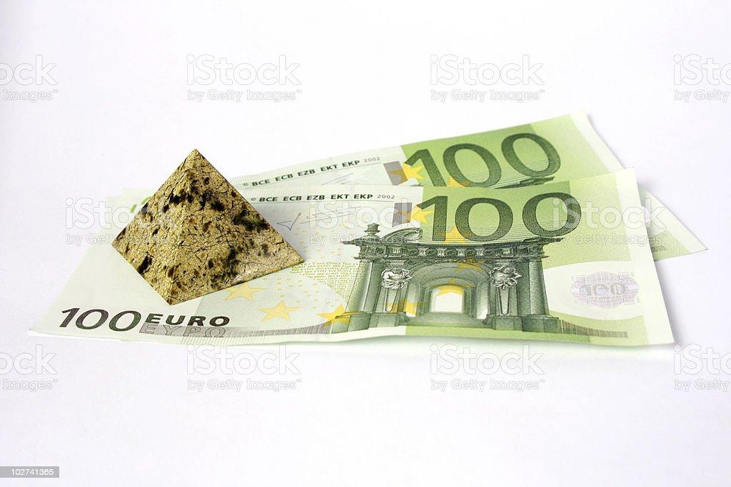 스톤 피라미드형 및 돈을 royalty-free 스톡 사진