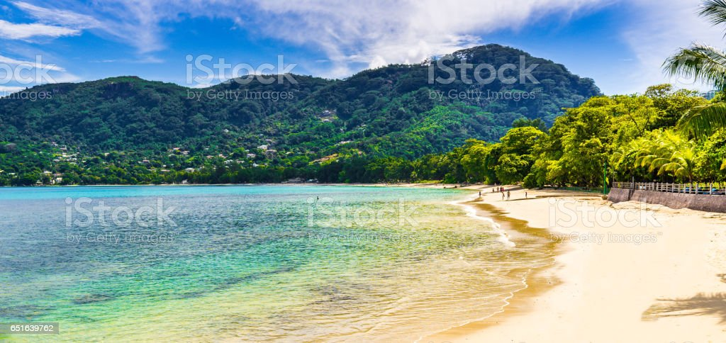 Strand auf den Seychellen stock photo