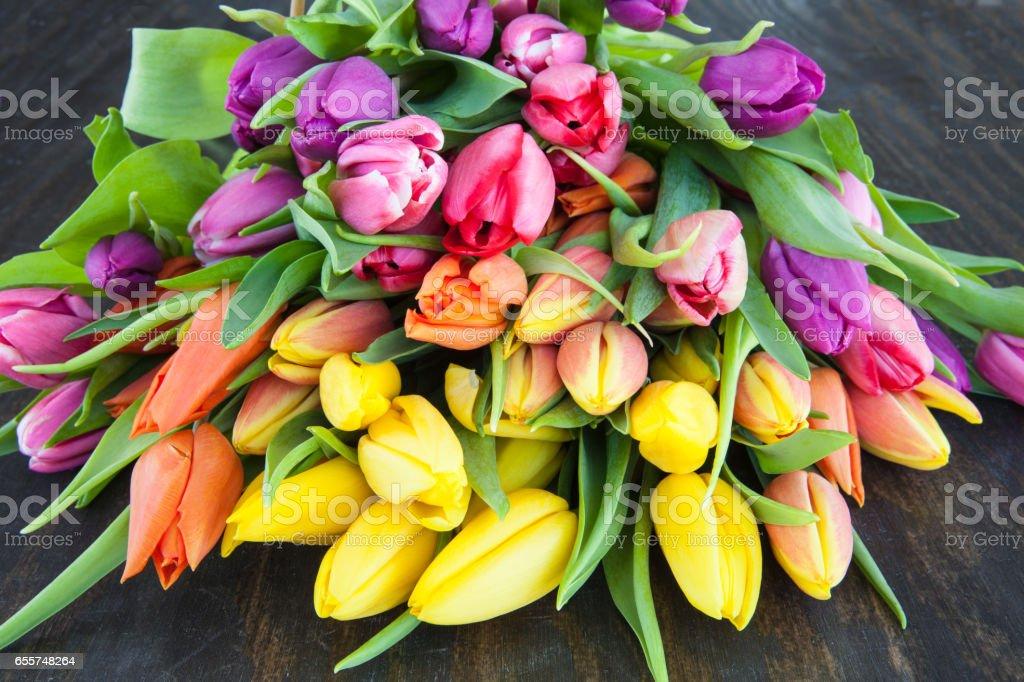 Strauss aus bunten Tulpen stock photo