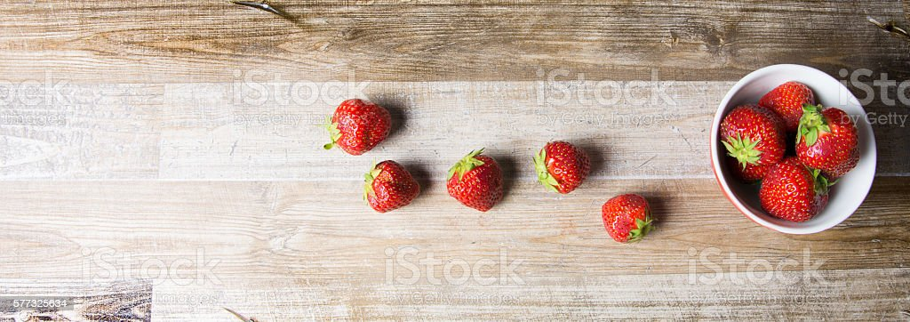 Fragole in linea stock photo