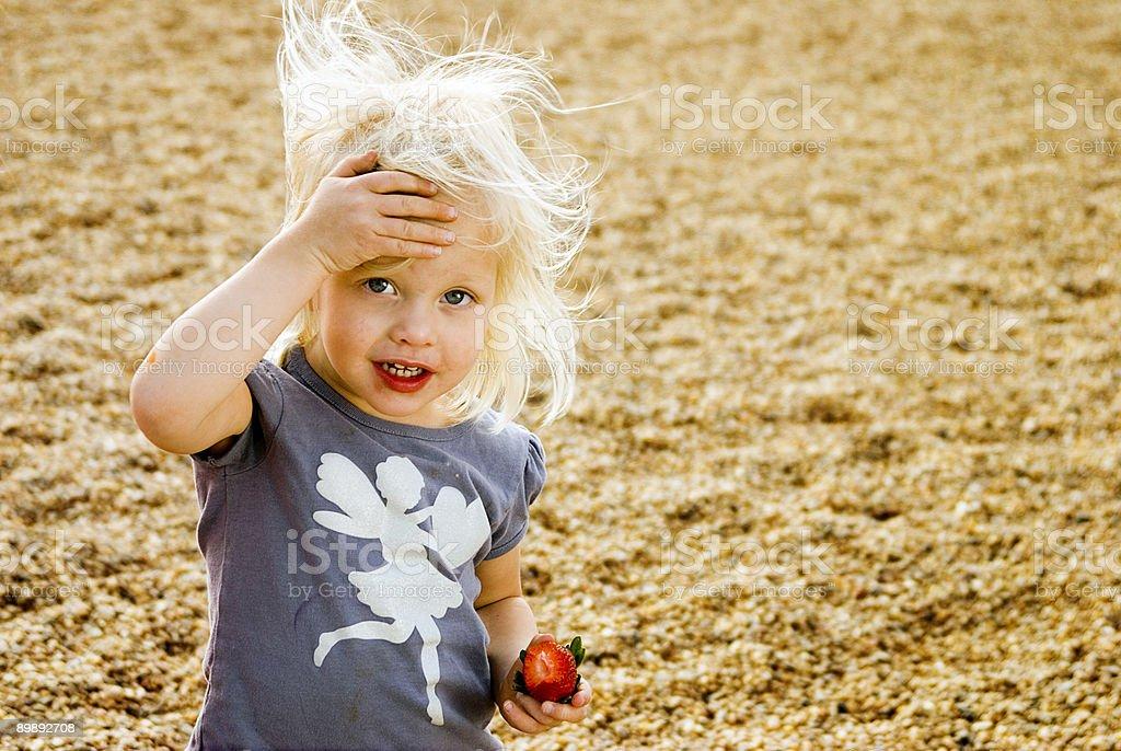 Erdbeer-Mädchen Lizenzfreies stock-foto