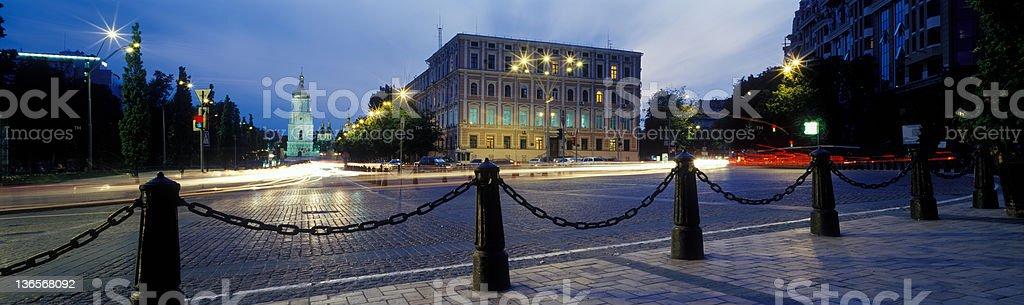 Straße bei Nacht Lizenzfreies stock-foto