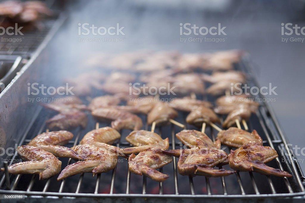 Street food-Thai Gegrilltes Hähnchen vom Grill Lizenzfreies stock-foto