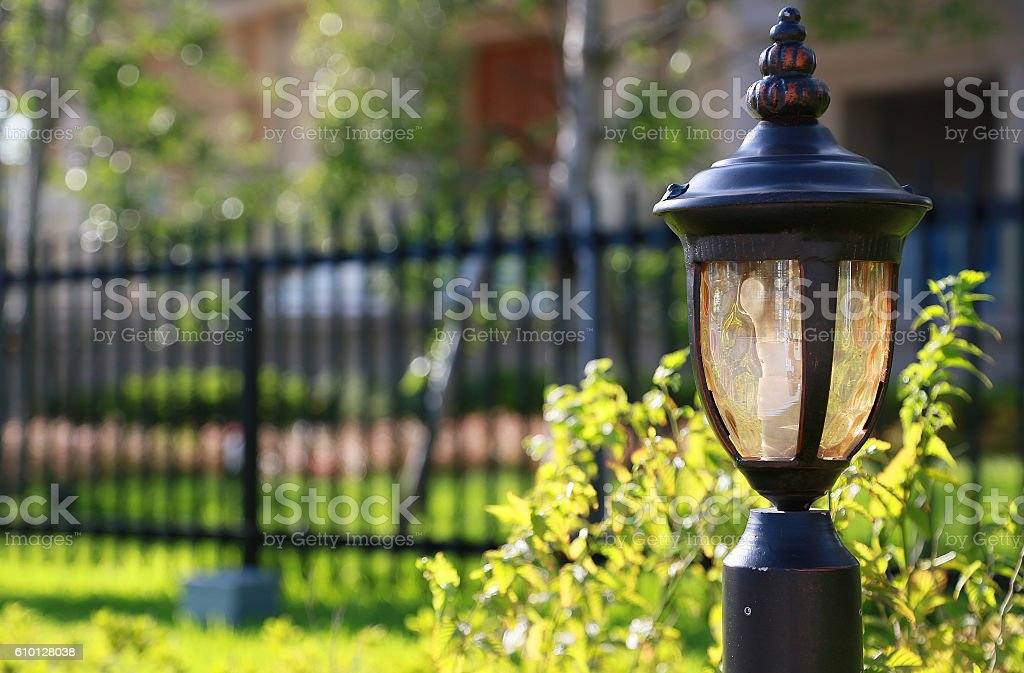 streetlight and fence foto de stock libre de derechos
