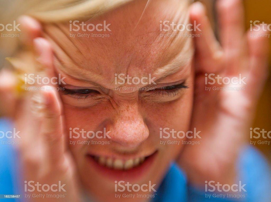 stress girl with headache - Junge Frau mit Migräne royalty-free stock photo
