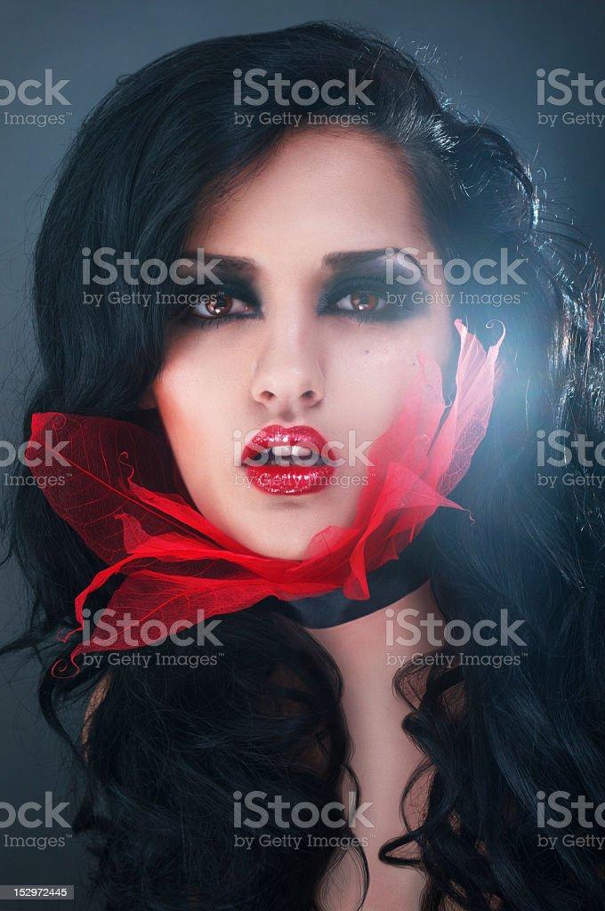 Estudio de belleza mujer sensual retrato conceptual foto de stock libre de derechos