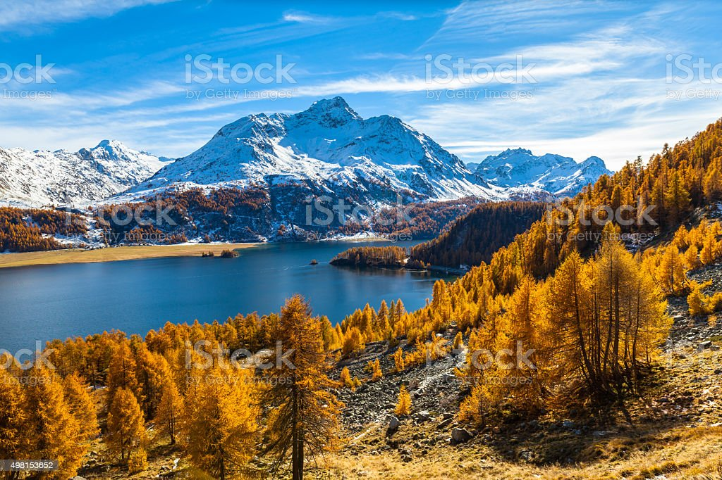 Stunning view of Sils lake and Piz da la Margna stock photo