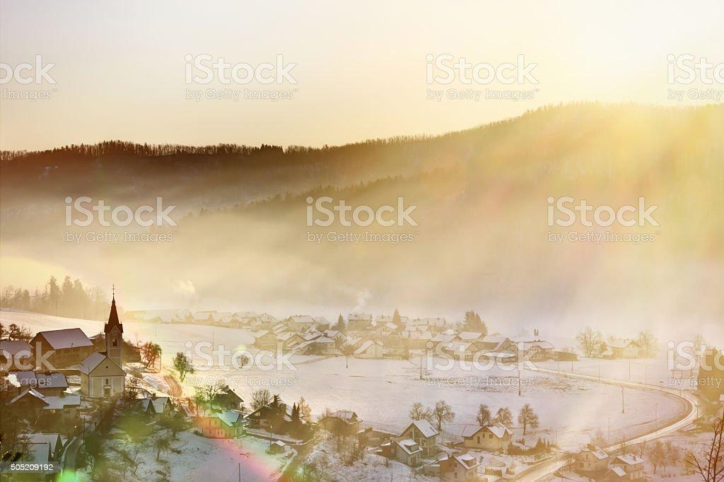 Lever du soleil à Polhov Gradec – salle photo libre de droits