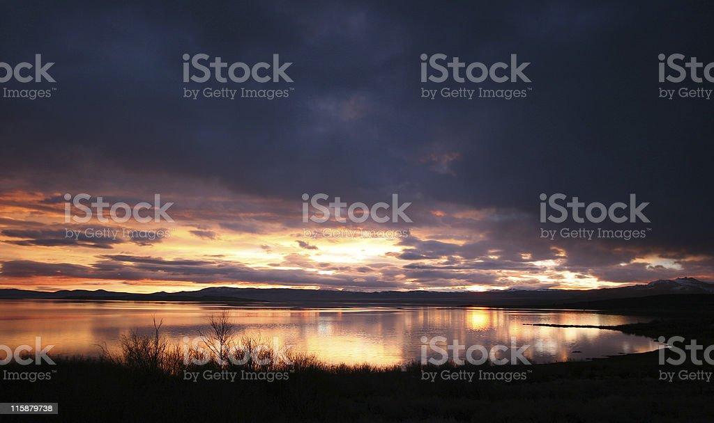 Sunrise on Mono Lake 03 royalty-free stock photo