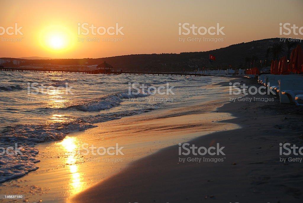 Sonnenaufgang am Strand Lizenzfreies stock-foto