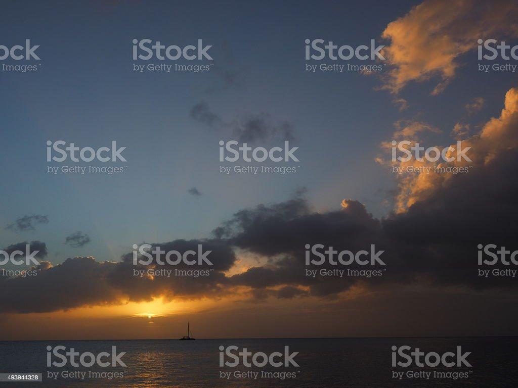13 au coucher du soleil photo libre de droits