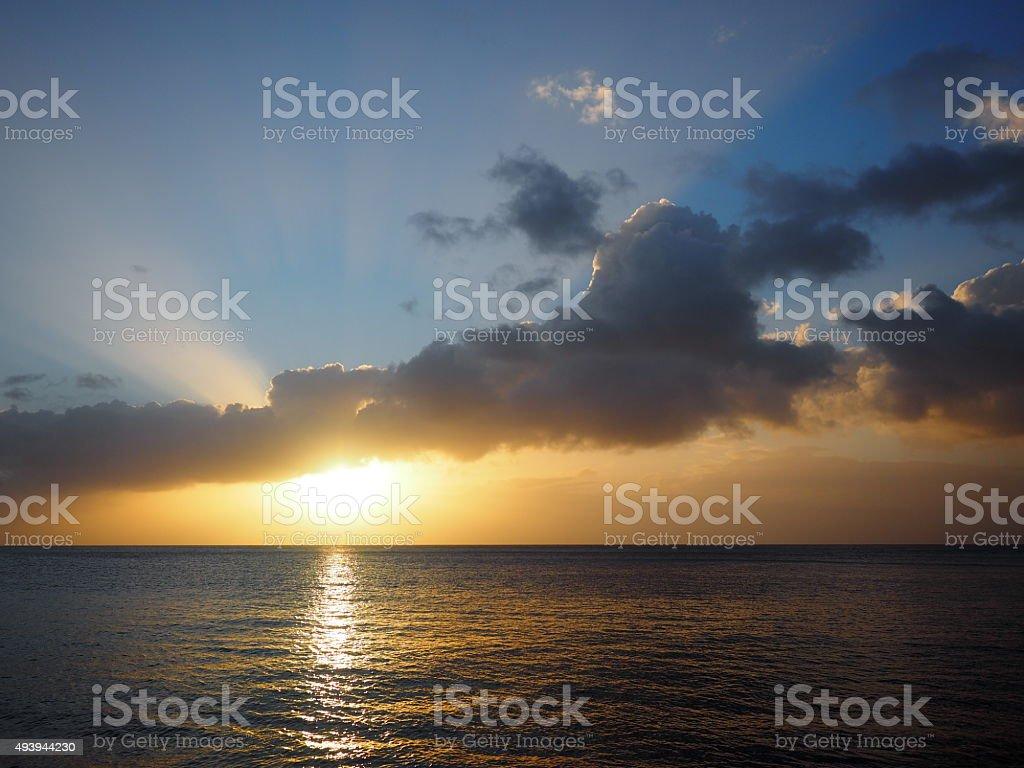 19 au coucher du soleil photo libre de droits