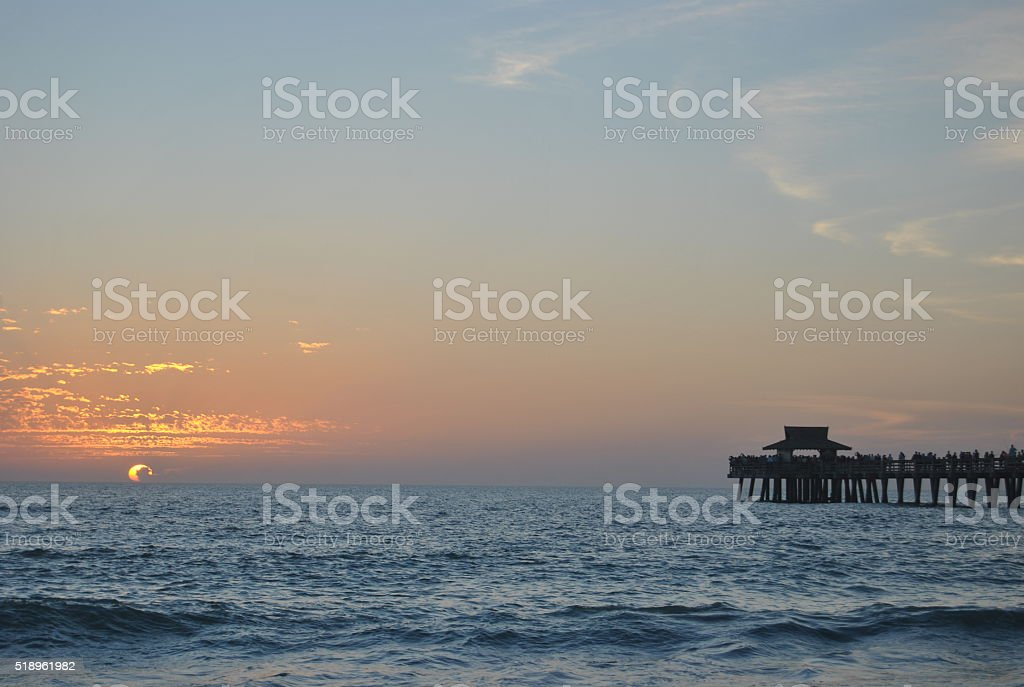 Atardecer en Naples (Florida, EEUU) stock photo