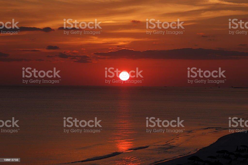 Coucher de soleil sur l'eau, en Floride photo libre de droits