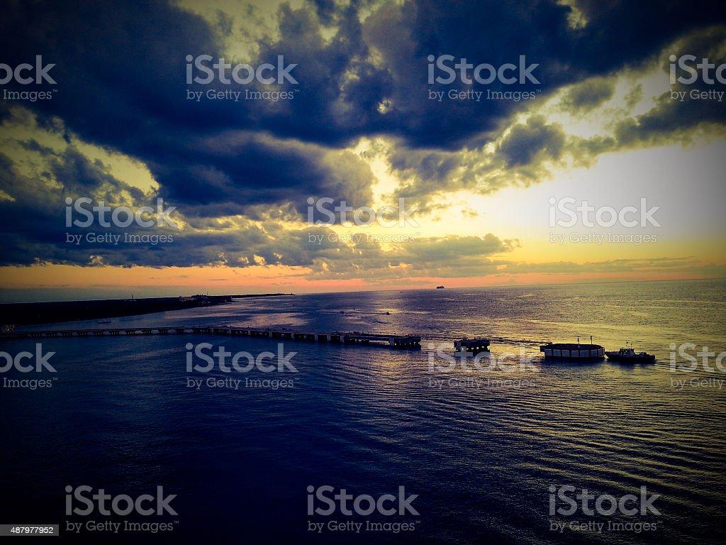 Vue du navire de croisière coucher de soleil photo libre de droits