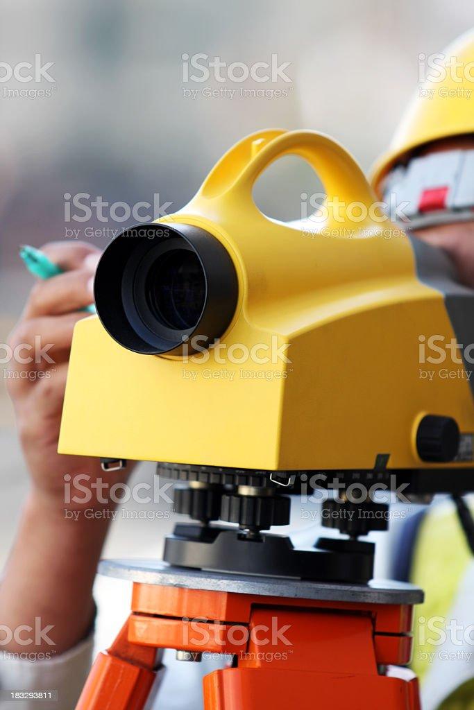 Landvermesser arbeiten mit digitalen Lizenzfreies stock-foto