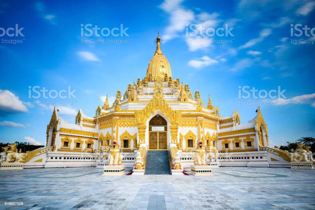 Swe taw myat buddha tooth relic pagoda stock photo