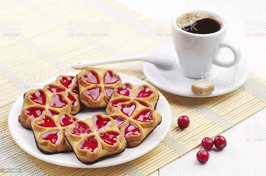cookies dulce y una taza de café foto de stock libre de derechos