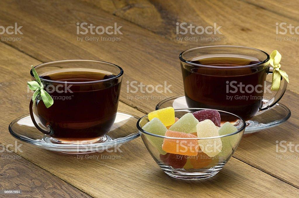 Bonbons et thé photo libre de droits