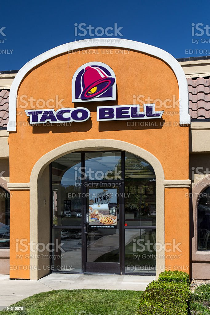 Taco Bell Restaurant exterior. royalty-free stock photo