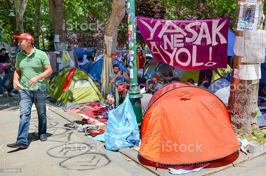Taksim Gezi Park guarding the protesters set up tents stock photo