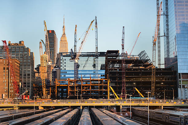 Construction site pictures images and stock photos istock for Construction de stand