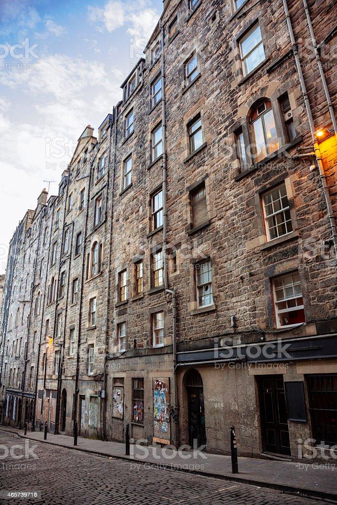 Tall Tenament Housing In Edinburgh Old Town stock photo