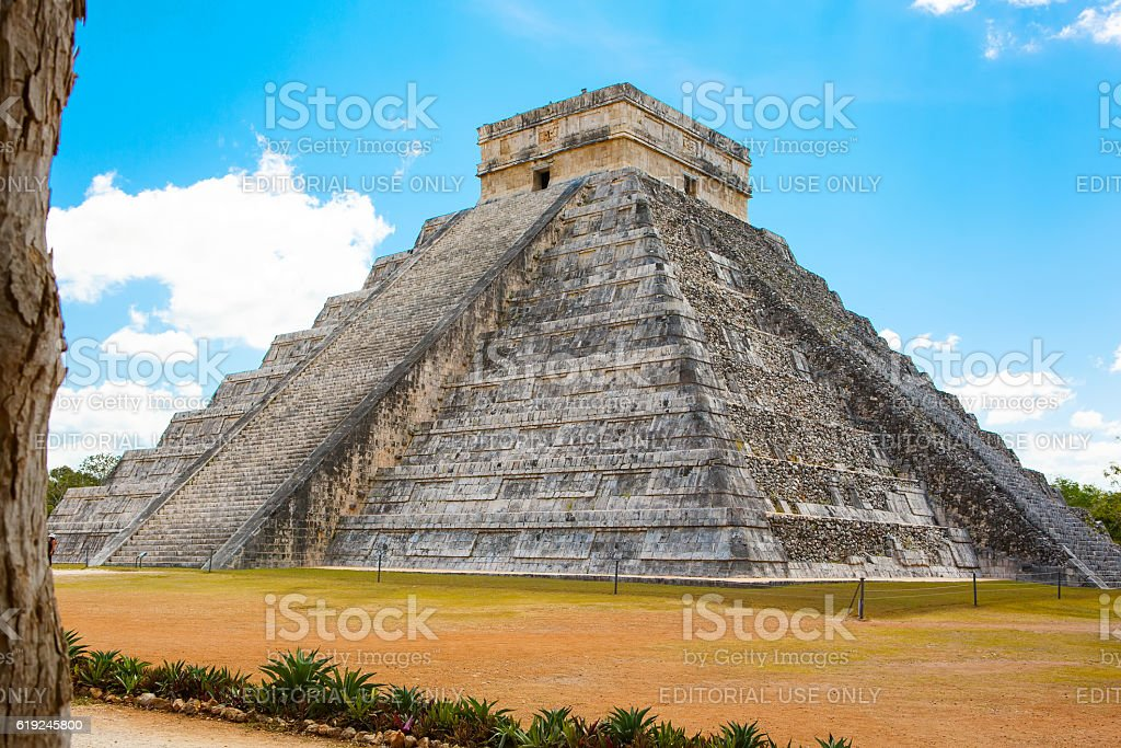 Temple of Kukulkan in Chichen Itza, Yucatan, Mexico stock photo