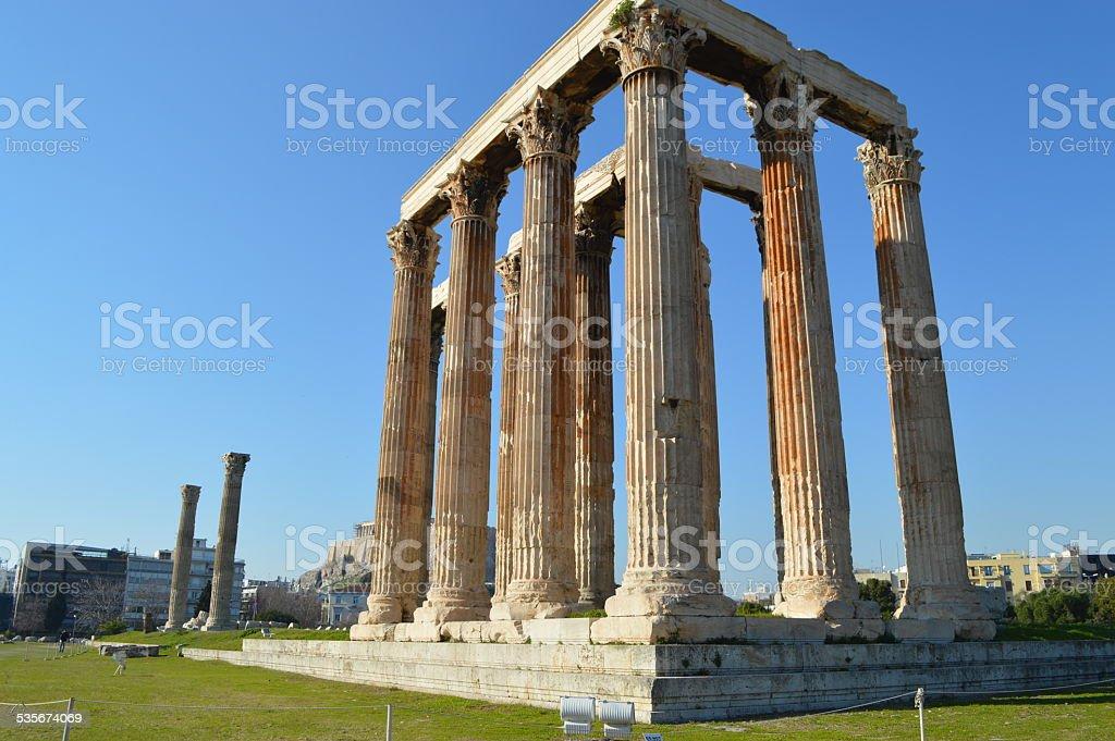 Templo de Zeus olímpico en Atenas foto de stock libre de derechos