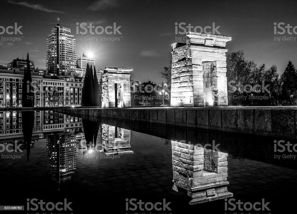 templo debod madrid night egypt barrio argüelles black and white stock photo