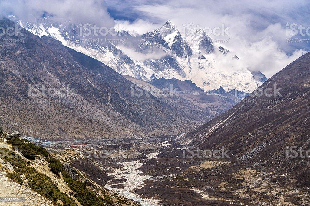 Tengboche to Dingboche, Nepal stock photo