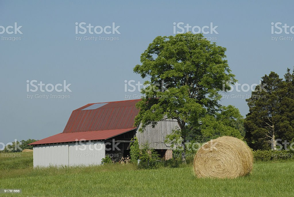 Tennessee barn and hay bale stock photo