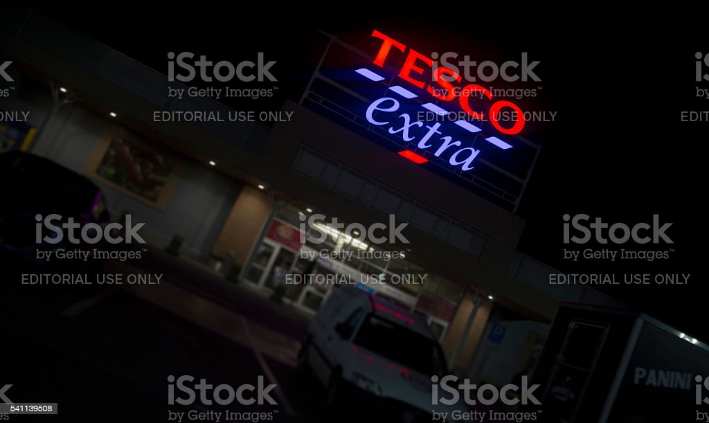 Tesco Extra 24/7 shop by night stock photo