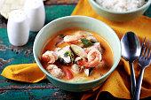 thai tom yam soup