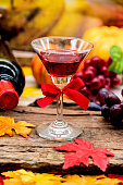 Thanksgiving day, Red wine in autumn