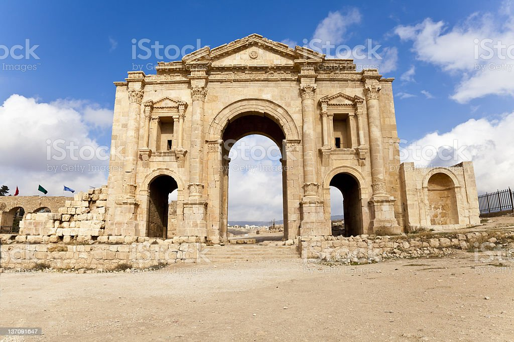 the arch of hadrian in ancient jerash, jordan stock photo