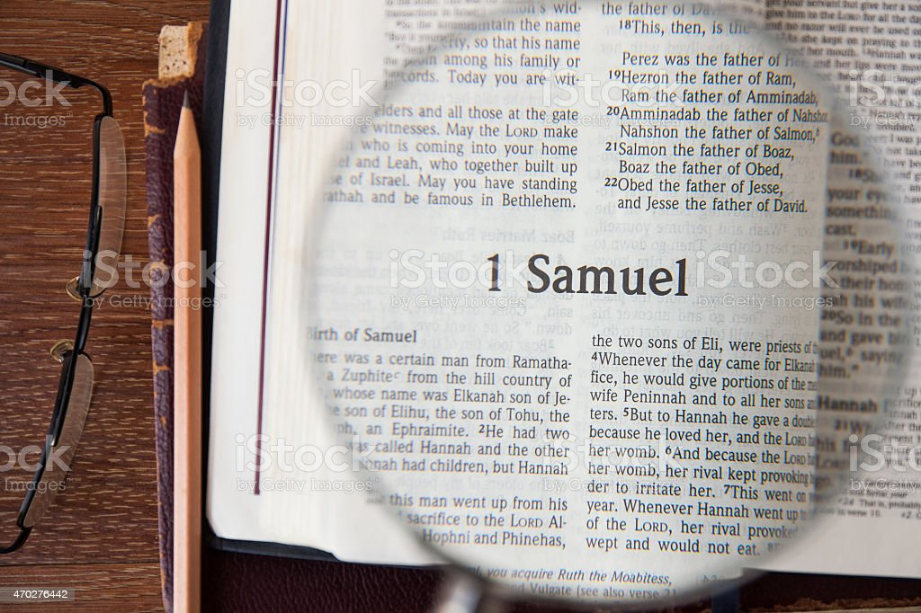the book of 1 Samuel Reading The New International Version stock photo