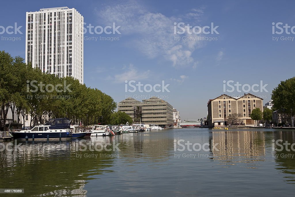 Le Canal Saint-Martin, Paris stock photo