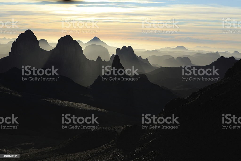 Das Hoggargebirge in der Sahara stock photo