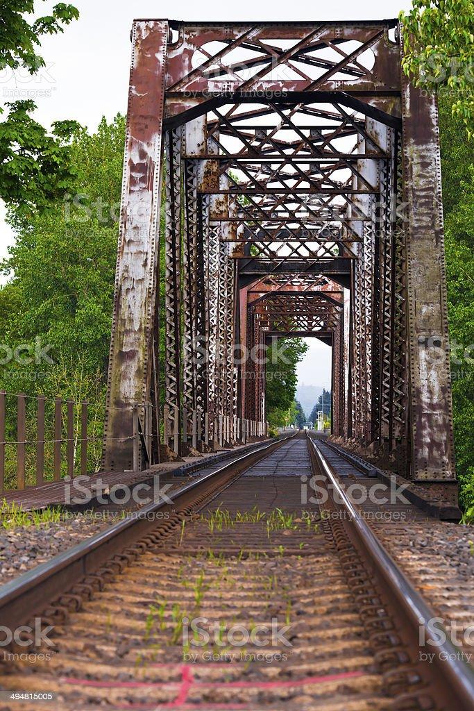 La vecchia ferrovia ponte e foto stock royalty-free