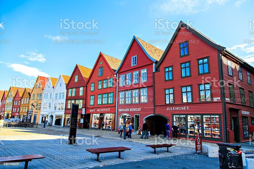 casas en noruega tipicas de maderapedro with casas en noruega best casa rustica de bosque en. Black Bedroom Furniture Sets. Home Design Ideas
