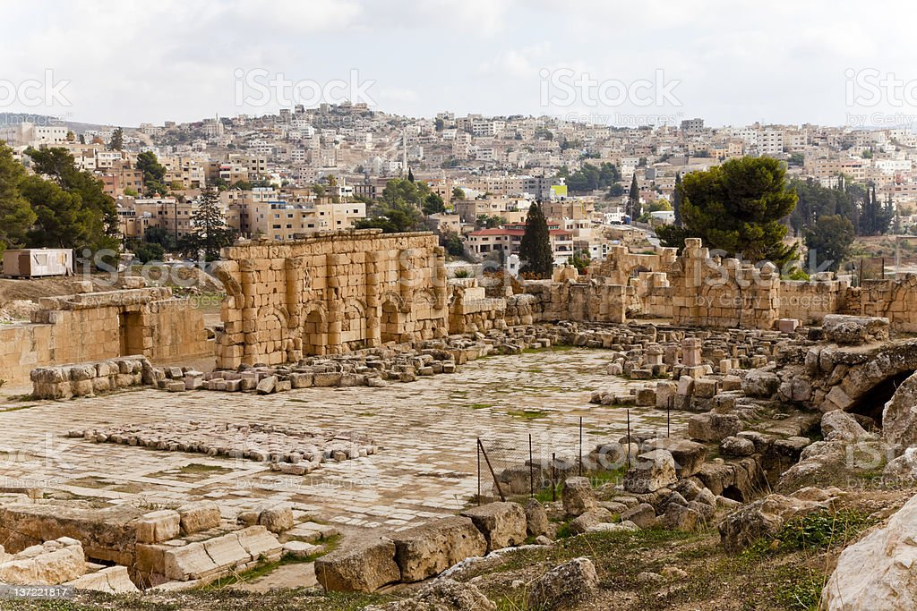 the ruins of ancient jerash in jordan stock photo