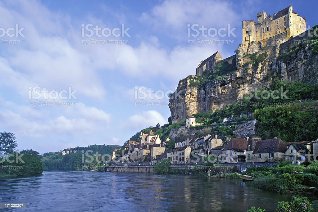 The scenic view of Beynac-et-Cazenac during the day stock photo