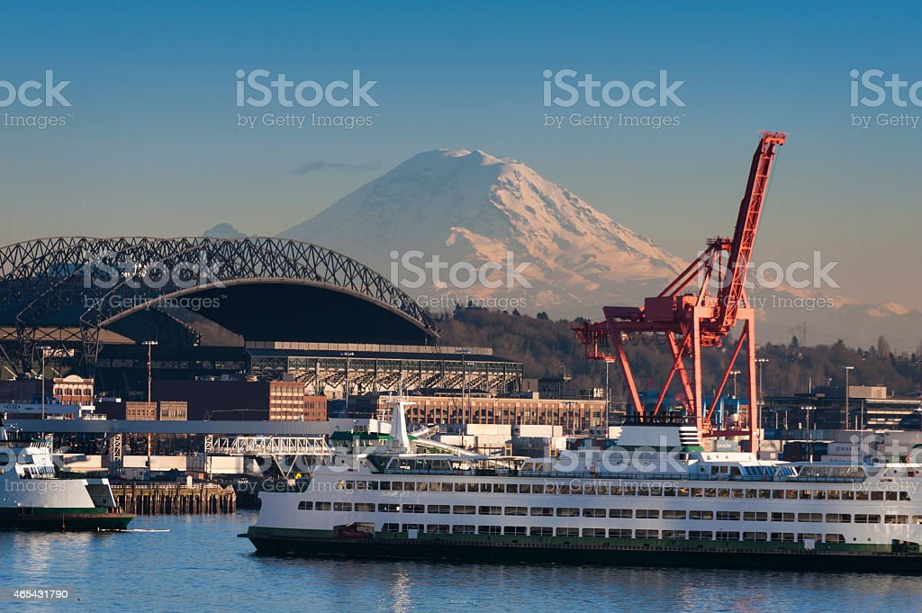 The Seattle waterfront with Mt. Rainier in the background stock photo