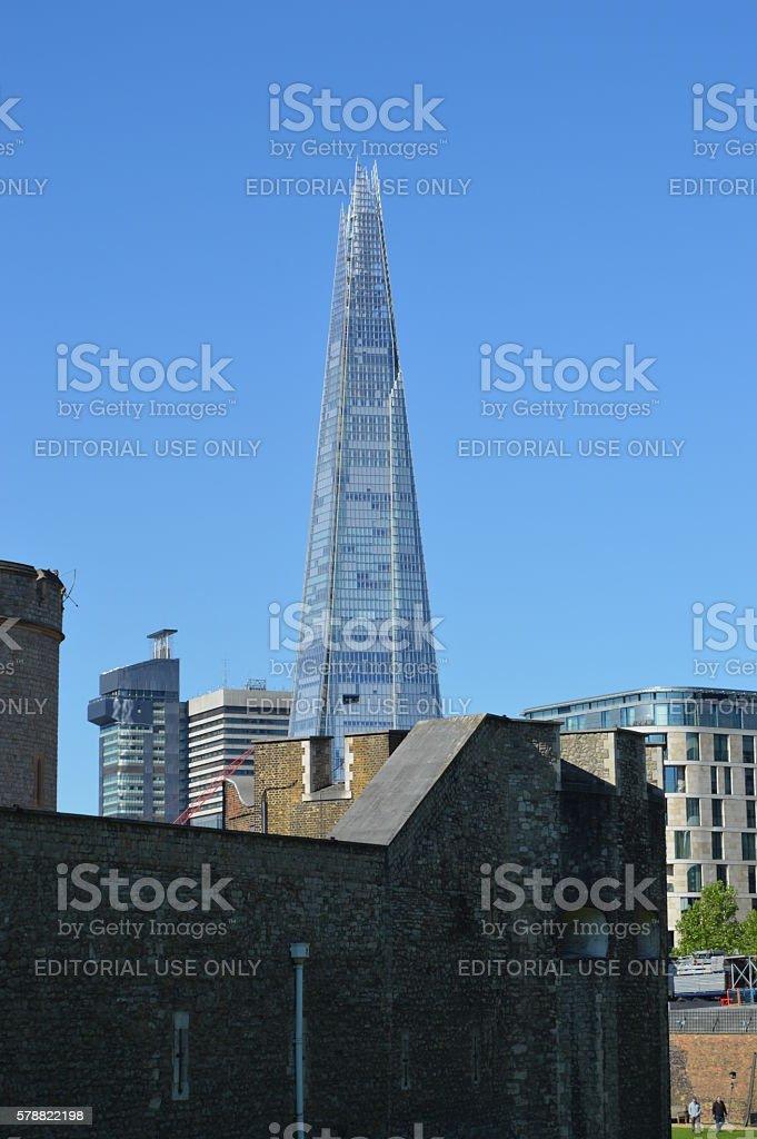 The shard from tower of london foto de stock libre de derechos