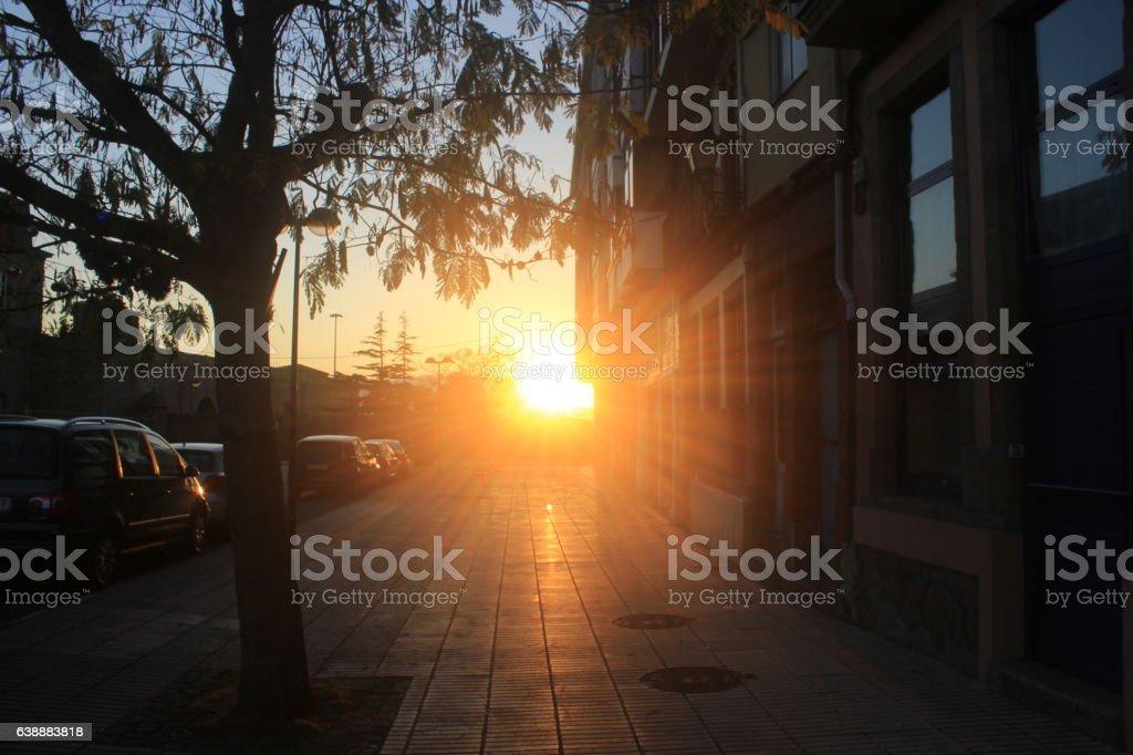 El ocaso en una calle de Ferrol stock photo