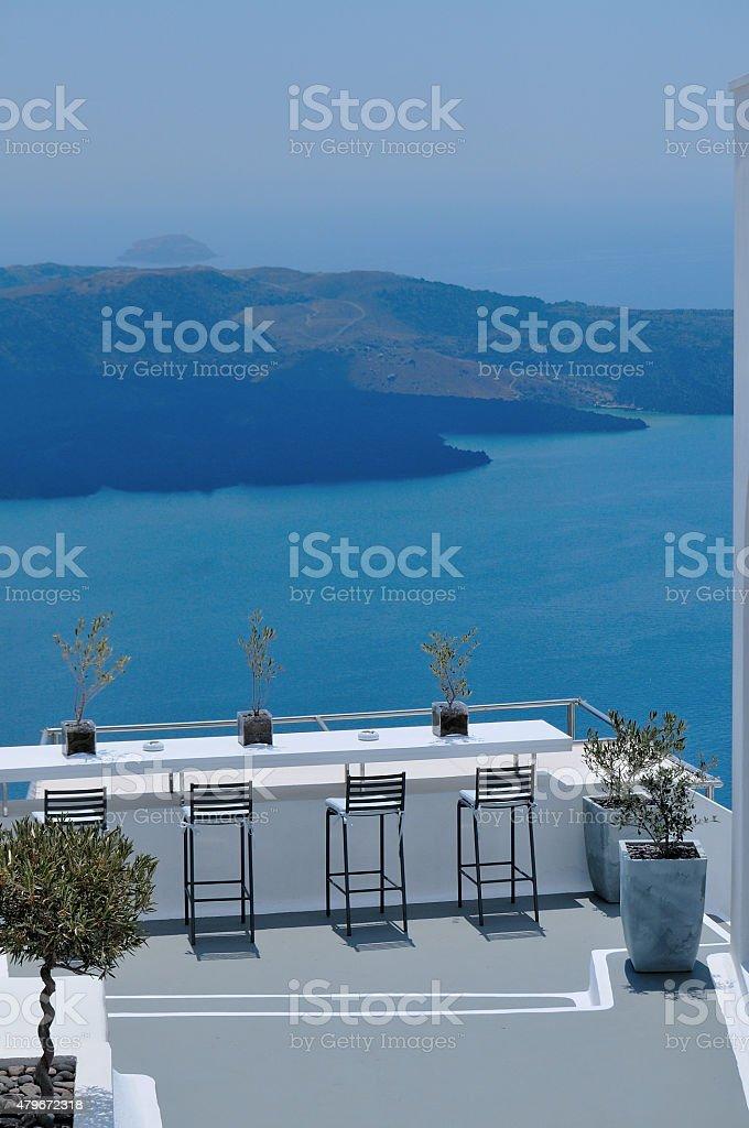 La table avec vue sur la mer. photo libre de droits