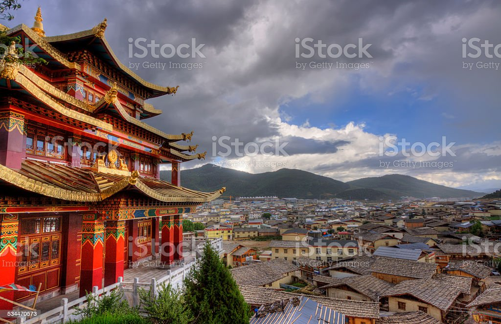 the town of shangri la,yunnan province stock photo