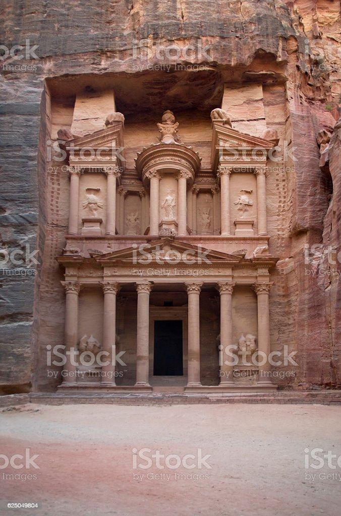 The Treasury (Al Khazneh), Petra, Jordan stock photo