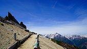 The way and Yarigatake which lead to a Otenshou-mountain